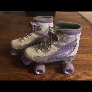 Shoes - women's/girls roller skates